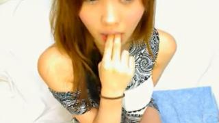 日本知名網站付費直播超漂亮的妹妹