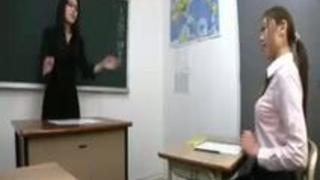教え子にアナルを舐めさせる変態女教師