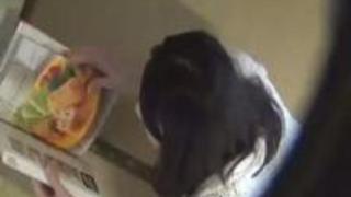 【隠撮盗撮動画】自慰隠し撮り-家の天井に潜んでお姉ちゃんの全裸自慰を隠し撮りw