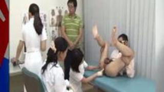 美尻や巨尻の美人ナースがアナルをイジる噂の病院に潜入