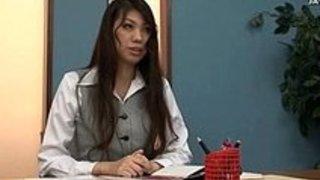 オナニーお姉さんたちが机の角でオナニーしまくり日本人動画 イクイクXVIDEOS日本人無料エロ動画まとめ