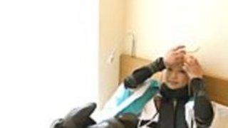 【コスプレ】FateGO沖田のコスプレ美女にデブ男が途中でゴム外して生ハメ中出し
