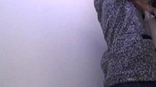 【おしっこxvideos盗撮動画】トイレに隠しカメラを設置し若い少女がおしっこしてるところを隠し撮りw|イクイクXVIDEOS日本人無料エロ動画まとめ