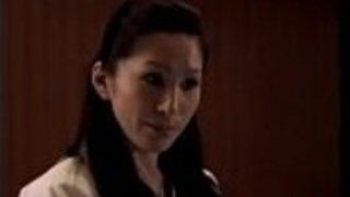 【レイプ】女空手家の先生が男子生徒との試合中にレイプされるが、それに快感を覚えクセになりヤリマン空手家へと堕ちてゆく。