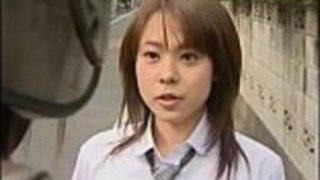 日本ラブStory-日本人ママ誘惑roundass娘は彼女の友人をファックします