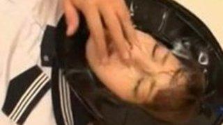 女子校生の顔射無料H動画。顔射専用女子校生