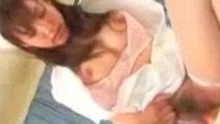 ナースのコスプレ姿の鮎川なおちゃんが患者を誘惑して病院でファック