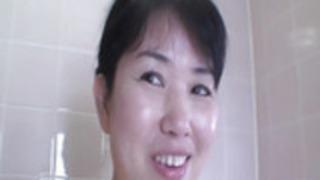 澄江永井 - ホットアジアの熟女とスペルマ爆発セックス