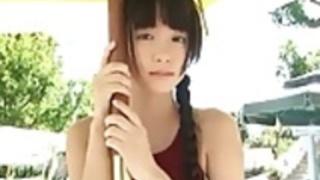 佐々木は、日本のグラビアアイドルをたeri