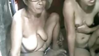 フィリピンGRANDMAと彼女GRANdaughterはCAMで表示されません