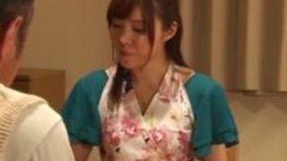 30代の人妻の、ヘンリー塚本の寝取られ不倫エッチ動画。【ヘンリー塚本動画】