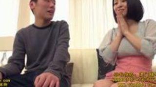 松岡ちな 【長編動画】 ロリ巨乳松岡ちなが優しく童貞を筆下ろし
