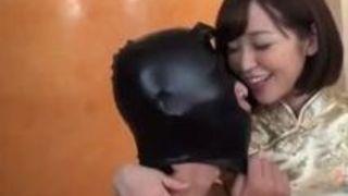 【篠田ゆうM男】巨乳のお姉様の、篠田ゆうのM男プレイがエロい!!