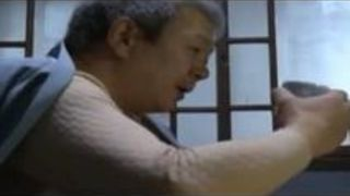 【ヘンリー塚本不倫】五十路の人妻熟女の、ヘンリー塚本、黒木小夜子の不倫フェラプレイ動画!