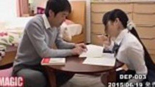 [Jap]彼女のおっぱいを与えることは、彼女は角質のサインですか?巨乳で男の子を誘惑する女の子 - フルビデオ:http://JPorn.se/DEP-003