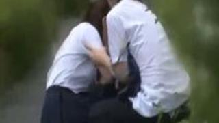 クラスメイトJKを虐めてレイプする男子校生→トラックの運ちゃんが現場を見つけて追い打ちレイプ
